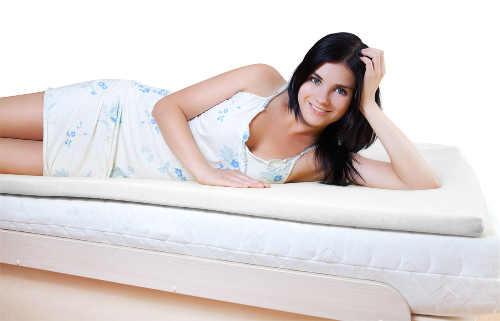 Matracový top z paměťové pěny na manželskou postel