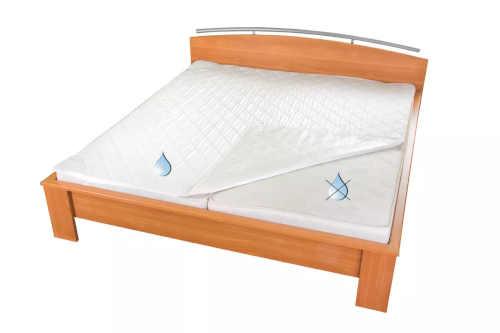 bílý thermo chřánič na matraci